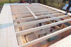 Dachsparren mit montierten Rispenbändern zur Aussteifung