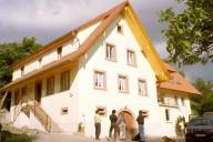 Der Haashof im Freiämter Ortsteil Brettental nach der Sanierung und Modernisierung (Ansicht von Südwesten).