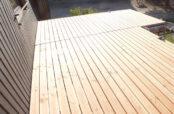 Neu verlegter Holzrost aus Douglasie in Sexau
